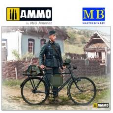 1/35 German soldier-bicyclist, 1939-1942